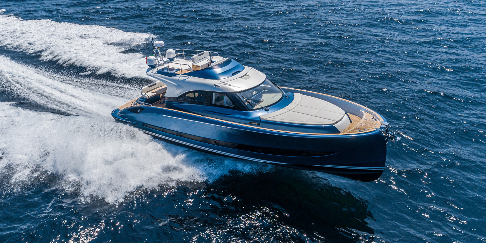 Solaris Power 48 Flybridge